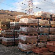 Stive de borduri în curtea fabricii, SC Gabbata SRL, Cluj, Bd Muncii 239